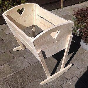 Zelf een houten bed maken met bouwtekening ook steigerhout for Zelf een tuintafel maken